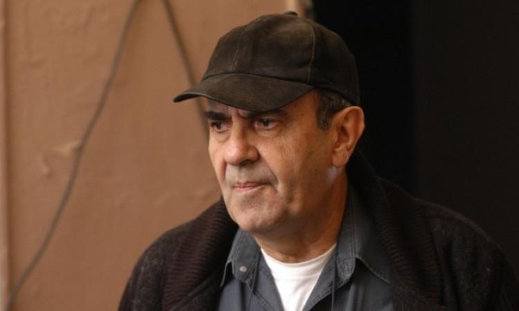 «Έφυγε» ο δημιουργός των μεγάλων τηλεοπτικών σίριαλ, Κώστας Κουτσομύτης