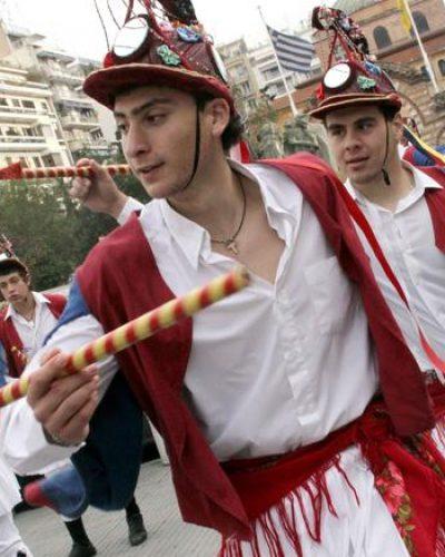 Εθιμο που χάνεται στα βάθη της ιστορίας:Οι Μωμόγεροι σε κατάλογο της Unesco