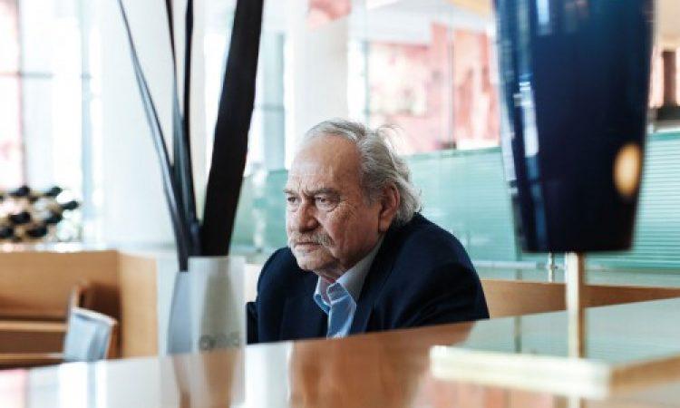 Πέθανε ο μεγάλος Έλληνας καλλιτέχνης Γιάννης Κουνέλλης