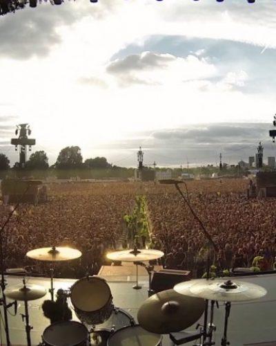Μοναδικό! 65.000 άνθρωποι τραγούδησαν όλοι μαζί το «Bohemian Rhapsody» των Queen