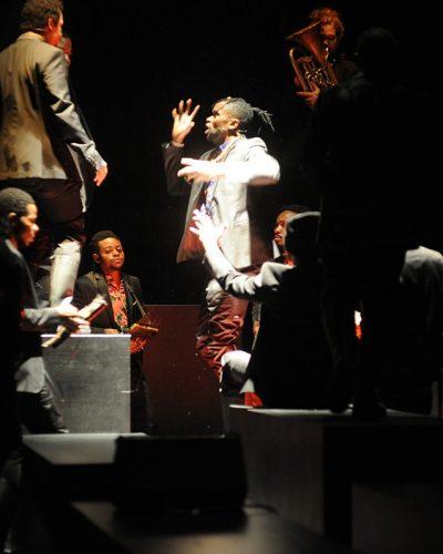 Το Requiem pour L., των Alain Platel και Fabrizio Cassol στη Στέγη